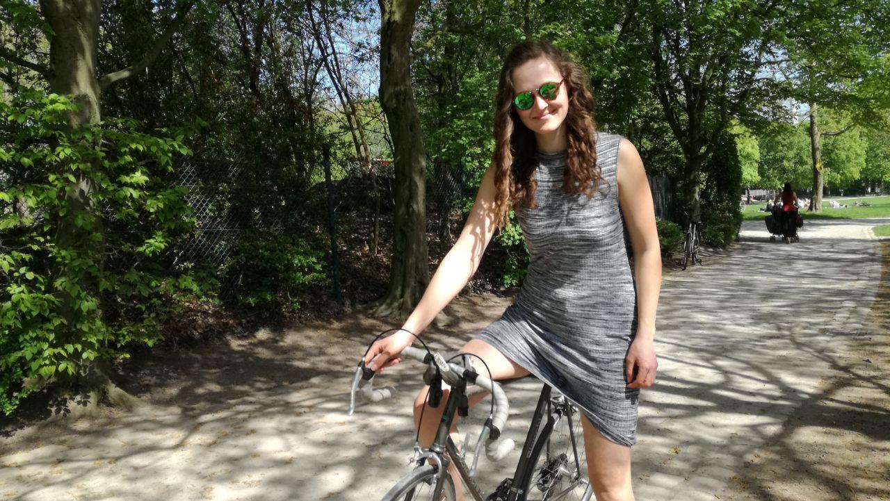 Mit diesen Tricks macht Radfahren mit Rock noch mehr Spaß